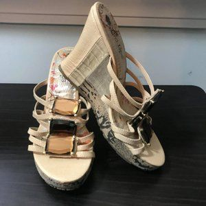Women's Two Lips Wedge Jeweled Sandals Size 7